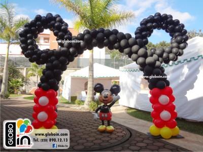 Arco de globos Mickey Mouse orejas