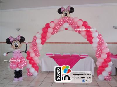 Arco de globos Minnie Mouse globos de puntos