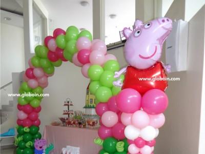 Columna de globos de Peppa Pig