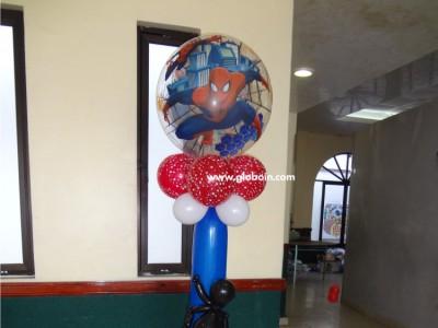 Columna de globos de Spiderman