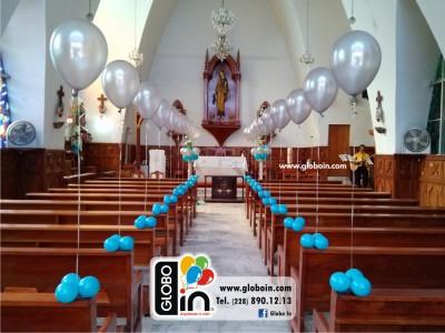 Decoracion con globos en iglesia