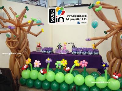 Arbol con globos Malefica 3