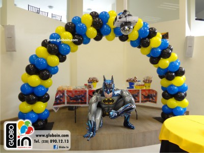 Arco de globos de Batman