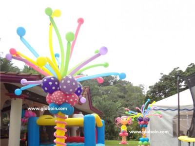Decoracion con globos de Lalaloopsy
