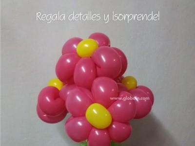 Detalles de flores con globos