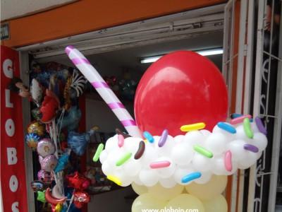 Helado con globos